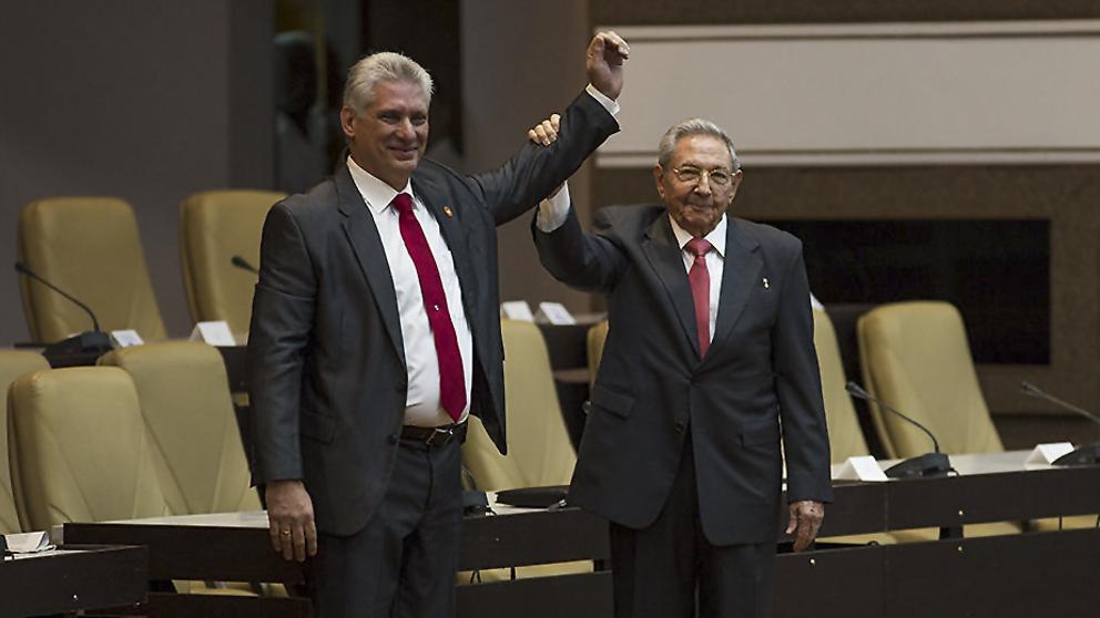 Nueva Constitución cubana elimina término comunismo