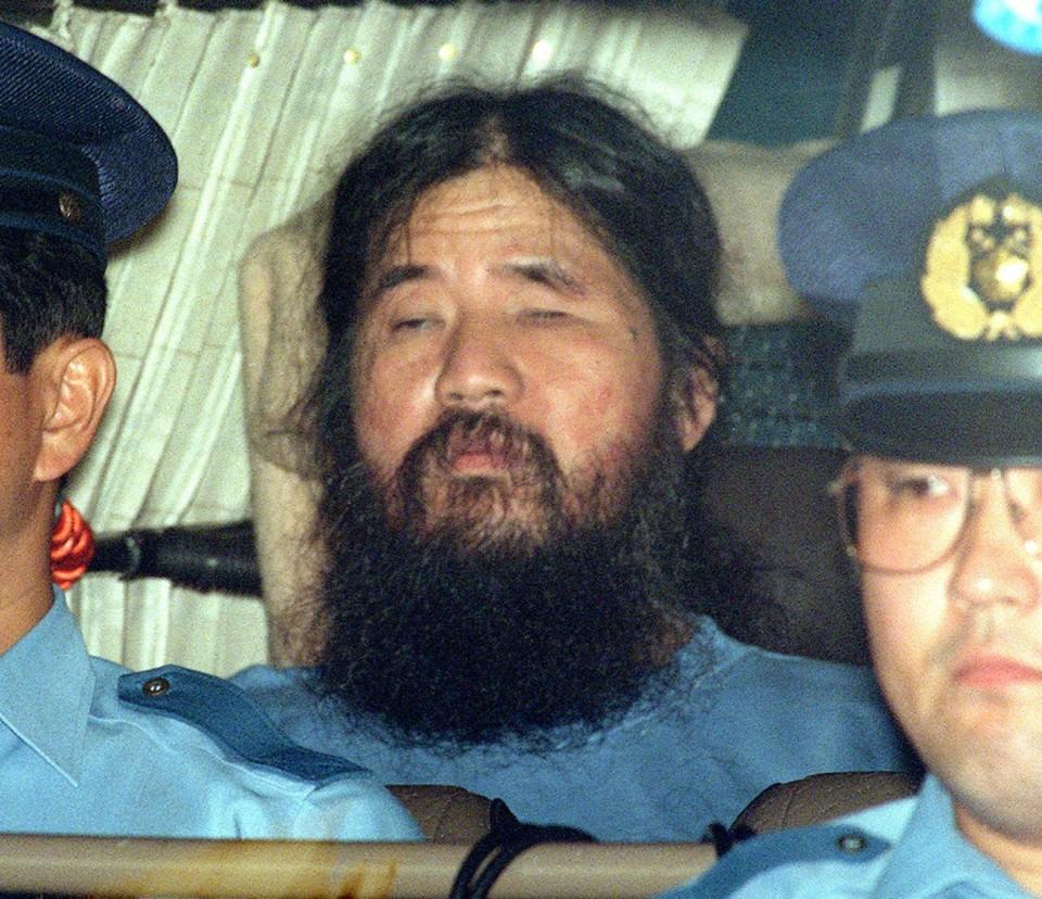 Japón ejecutó a líder de secta que atacó con gas sarín