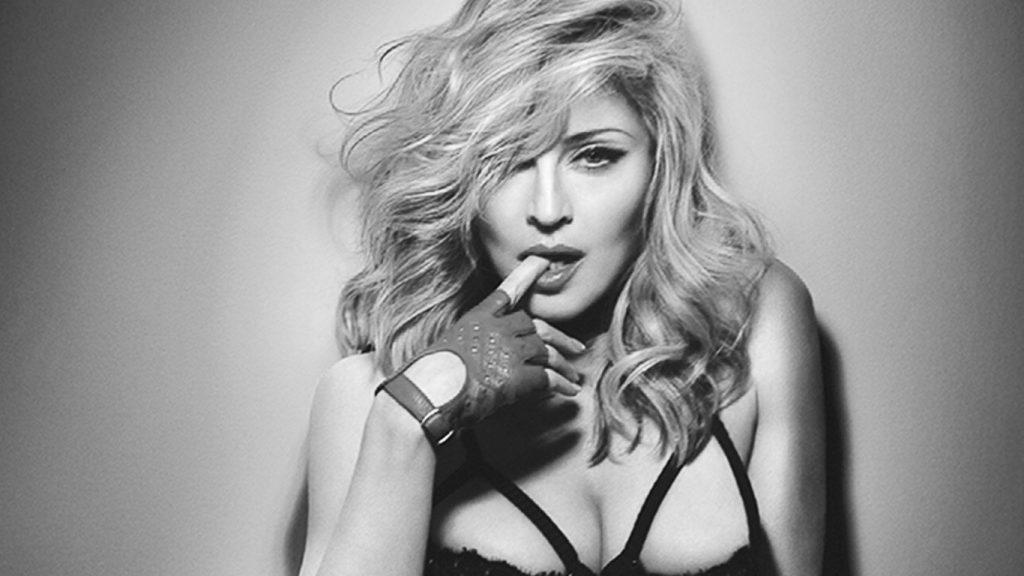 [VIDEO] Supermodelo acusa que Madonna se obsesionó con ella durante dos años