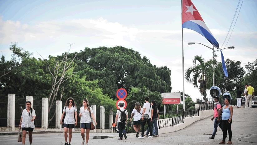 Cuba suspende programa