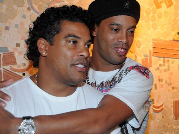 Quitan el pasaporte a Ronaldinho Gaúcho por impago de multa