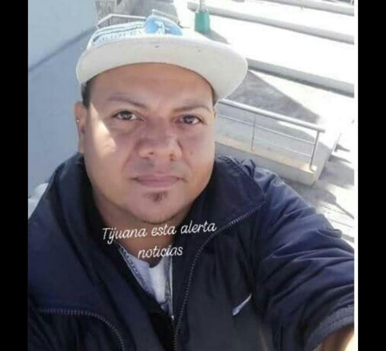 Migrantes son obligados a trasladarse a otro albergue en Tijuana