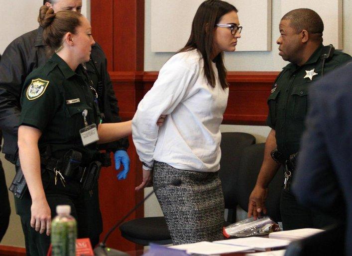 Profesora sentenciada a 3 años de prisión por haber tenido sexo con uno de sus estudiantes 2