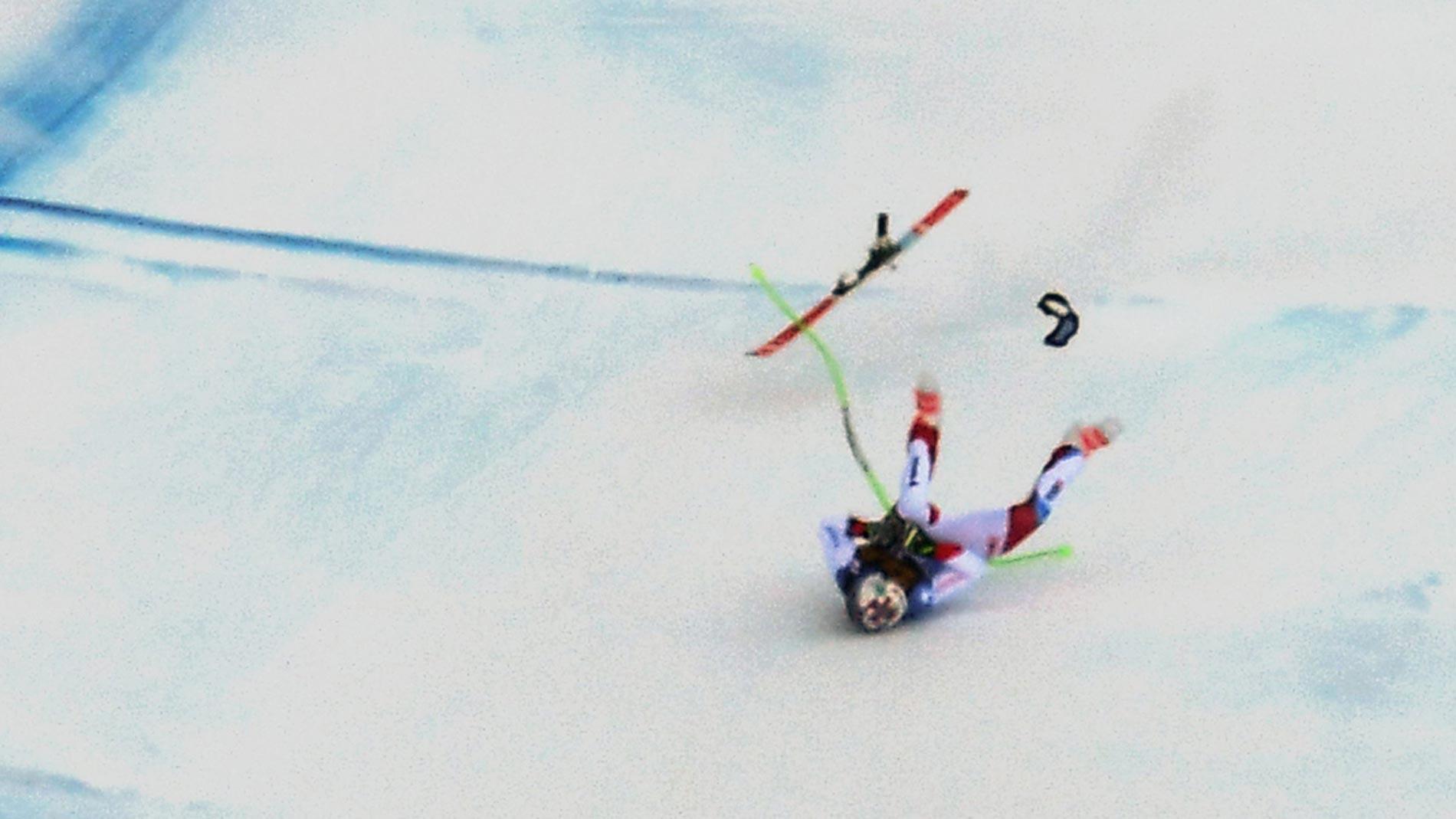 Esquiador sufre impactante caída y es evacuado en helicóptero