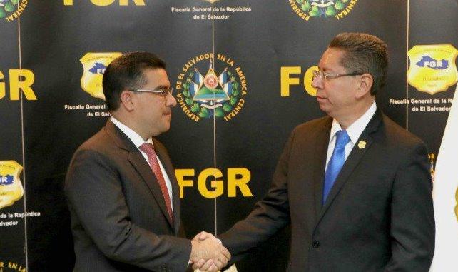 Raúl Melara asume su cargo como nuevo Fiscal General de la República